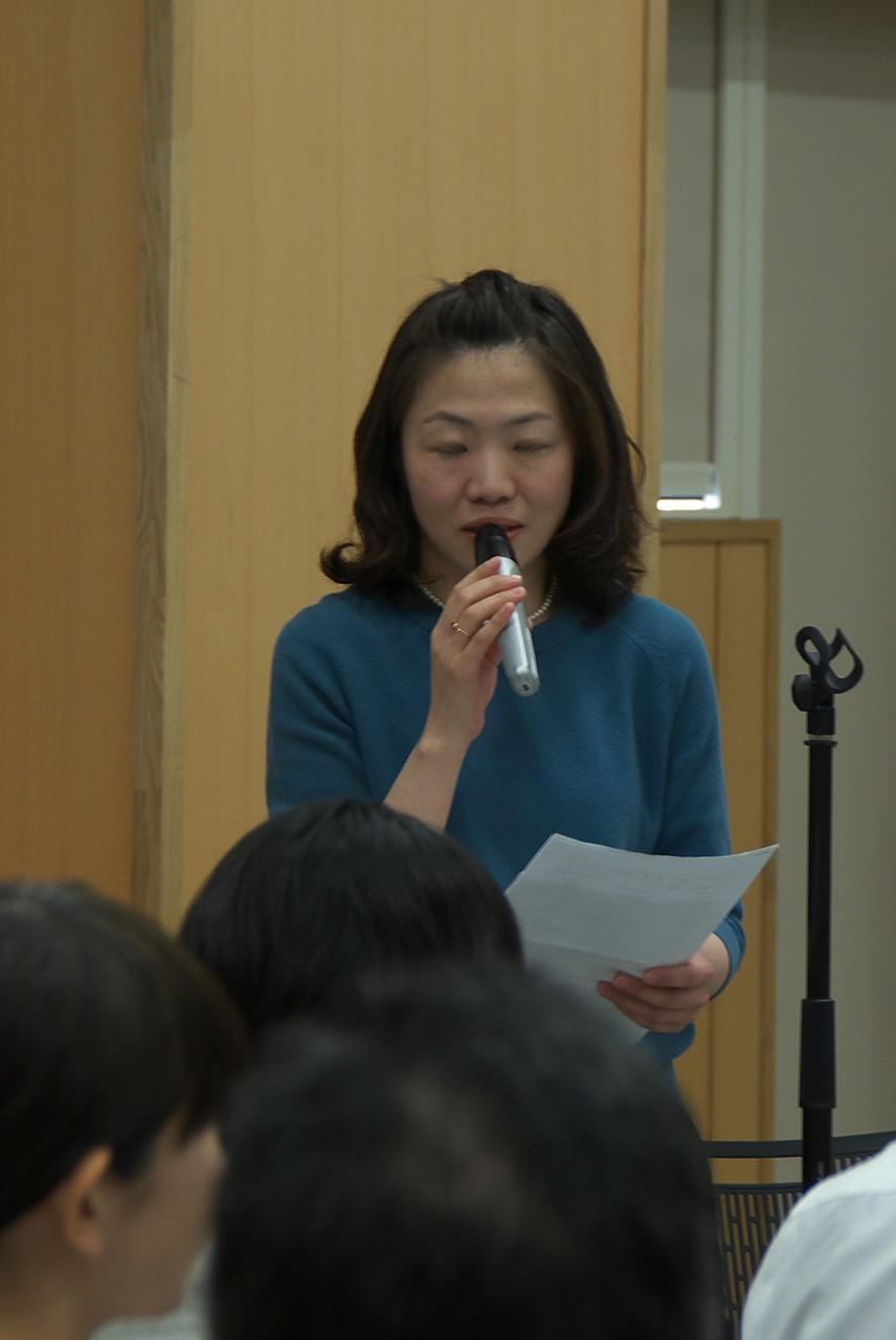 開会宣言/第一部司会:関口智子さん