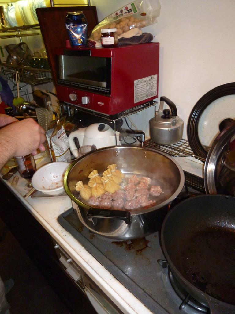 差入を肉団子へ。
