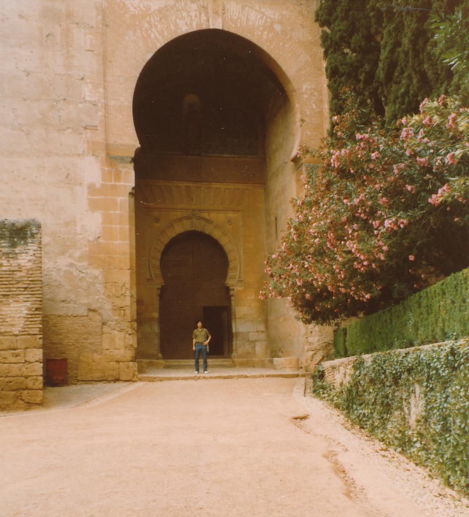 アランブラ宮殿入り口
