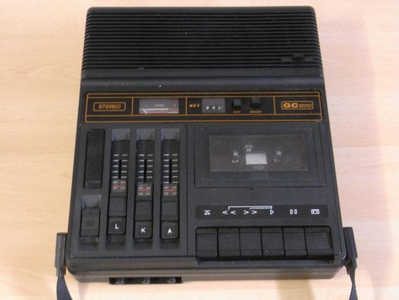 Bild: RFT Geracord GC 6010,Kassettenrekorder,Kassettenrecorder,Radio,DDR,RFT,Reparatur,Restauration,Defekt,Überholung,Ersatzteile,instandsetzen,reparieren,überholen,aufarbeiten,kaputt