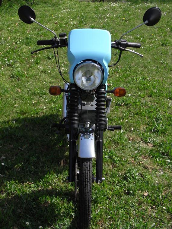 Bild: MZ,ETZ150,kristallblau,Originalzustand,Lampenverkleidung