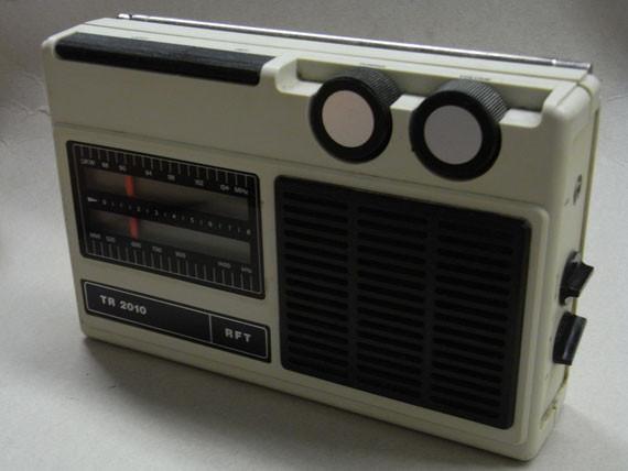 Bild: RFT TR 2010,Radio,DDR,RFT,Reparatur,Restauration,Defekt,Überholung,Ersatzteile,instandsetzen,reparieren,überholen,aufarbeiten,kaputt