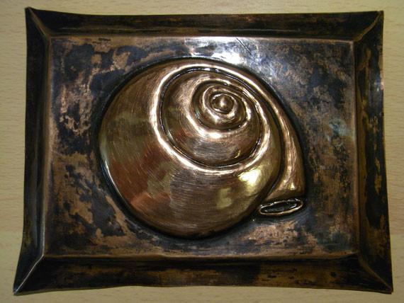 Bild: Kupferarbeit,Kupferprägearbeit,Prägearbeit,Prägetechnik,Schnecke