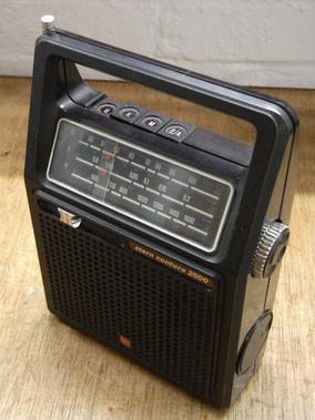 RFT Stern Radio Contura 2500