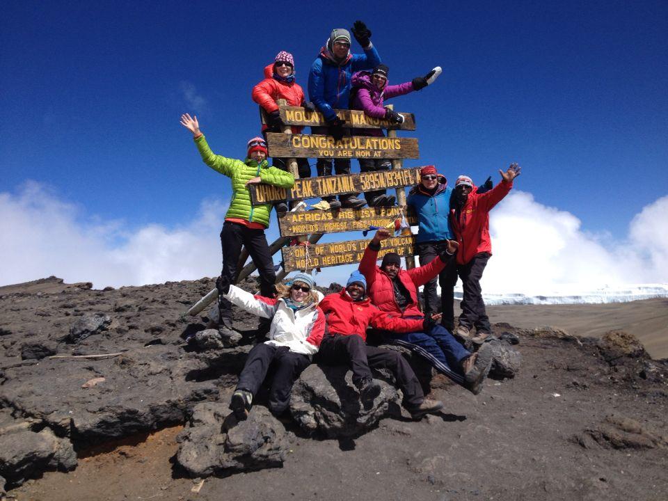 Kilimanjaro, Gipfelerfolg am Kilimanjaro über die Machame Route, AMICAL alpin Kilimanjaro
