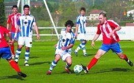 Imagen de la última visita del Laudio a Zubieta, justo hace 4 años, cuando ambos equipos militaban en Tercera División.