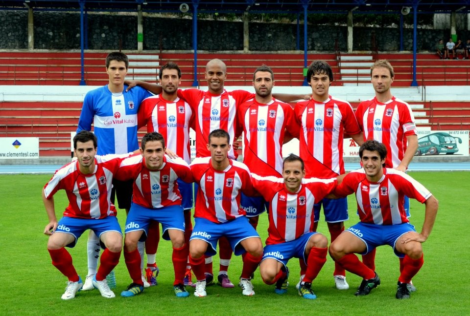 Hodei en su debut con el primer equipo durante la pasada pretemporada.