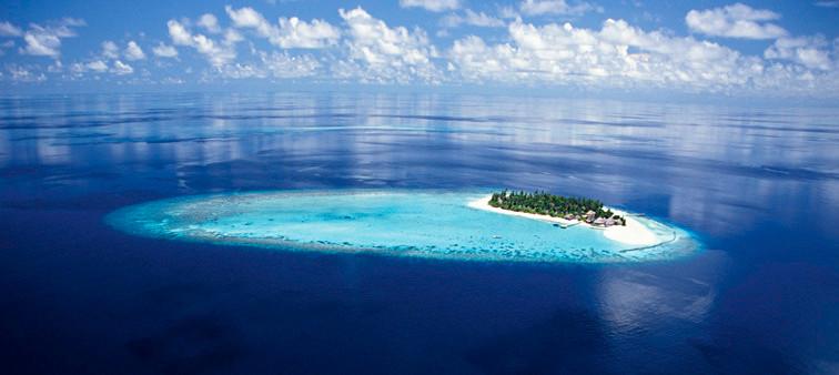 Vakarufalhi Island Resort im Süd Ari Atoll