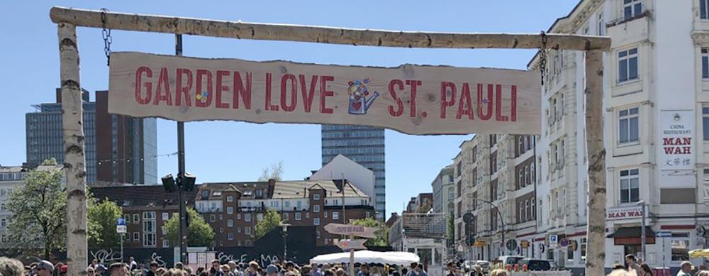 Garden Love St. Pauli, Garten- und Blumenmarkt auf dem Spielbudenplatz, mit Workshops, Infoständen und diversen Foodtrucks.