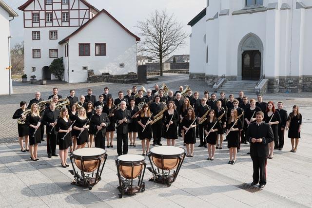 Harmoniemusik Eschen in Konzertuniform
