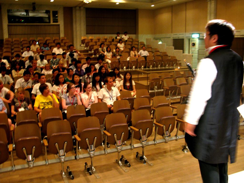 私も平和のメッセージを演奏で!2009年8月11日