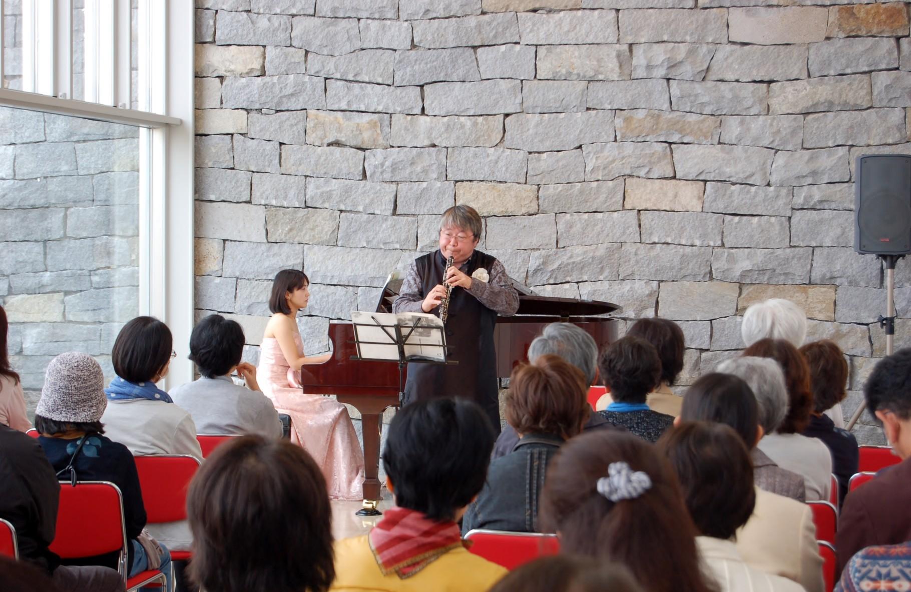 奥田元宋・小由女美術館での、第147回ロビーコンサート、昼の部