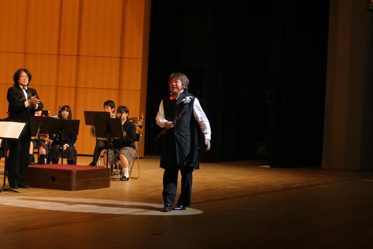 北九州市 私立東筑紫学園吹奏楽部定期演奏会 2005年8月25日
