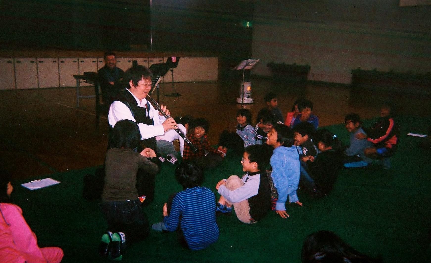 広島県竹原市忠海東小学校、日本音楽家ユニオン主催あすなろコンサート