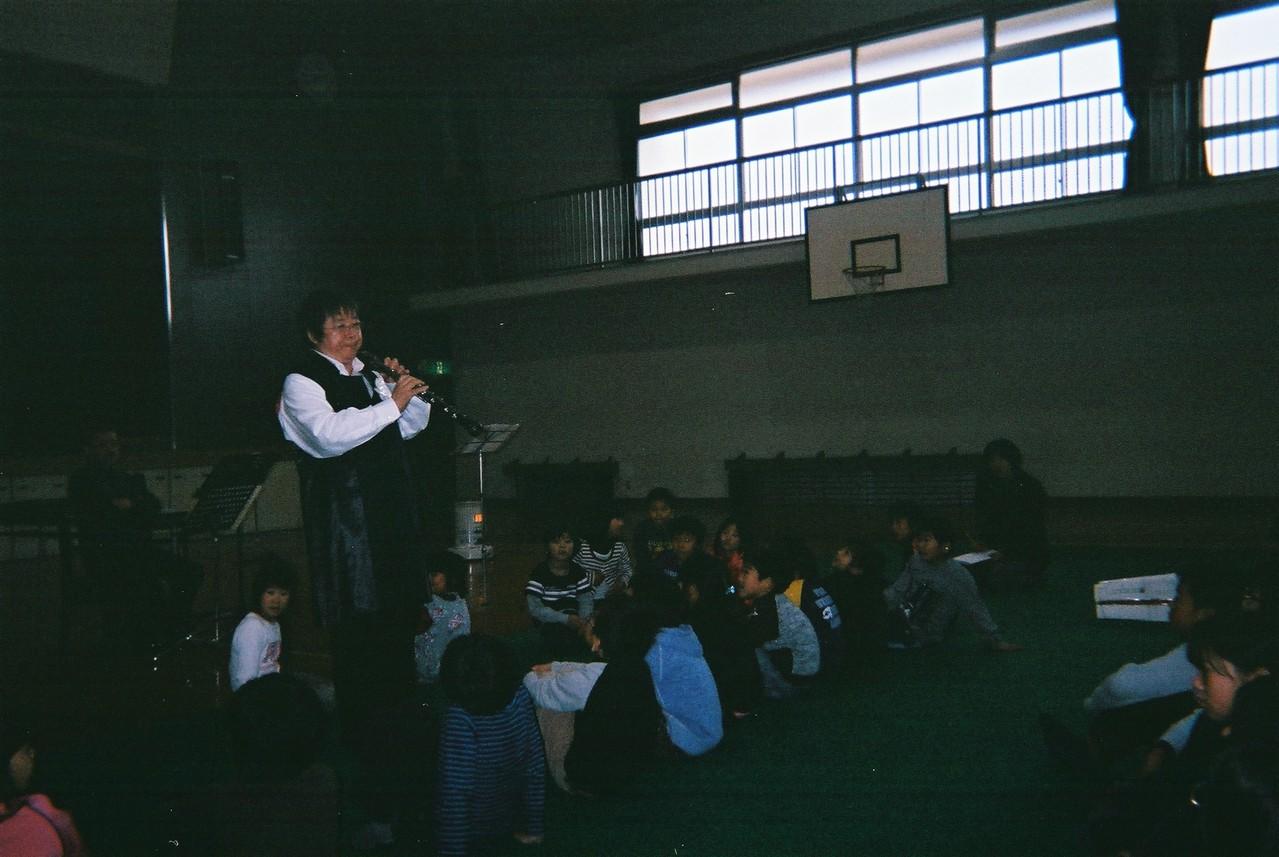 2012年11月20日 広島県竹原市忠海東小学校 音楽家ユニオン あすなろコンサート