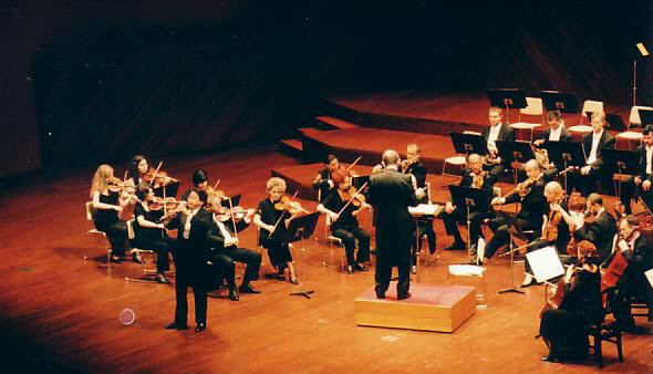 1999年5月27日 ポーランド クラクフ管弦楽団とW.A.Mozart Oboe Konzert KV314 共演しました
