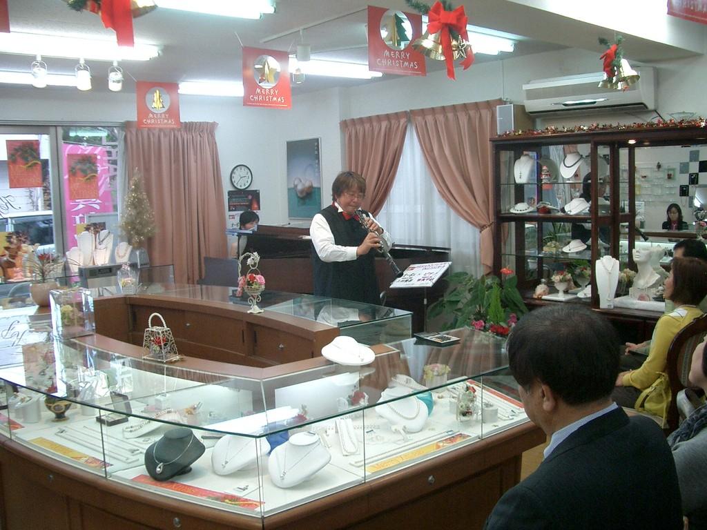 2009年12月19日 熊本市戸島 久保園パールでのコンサート