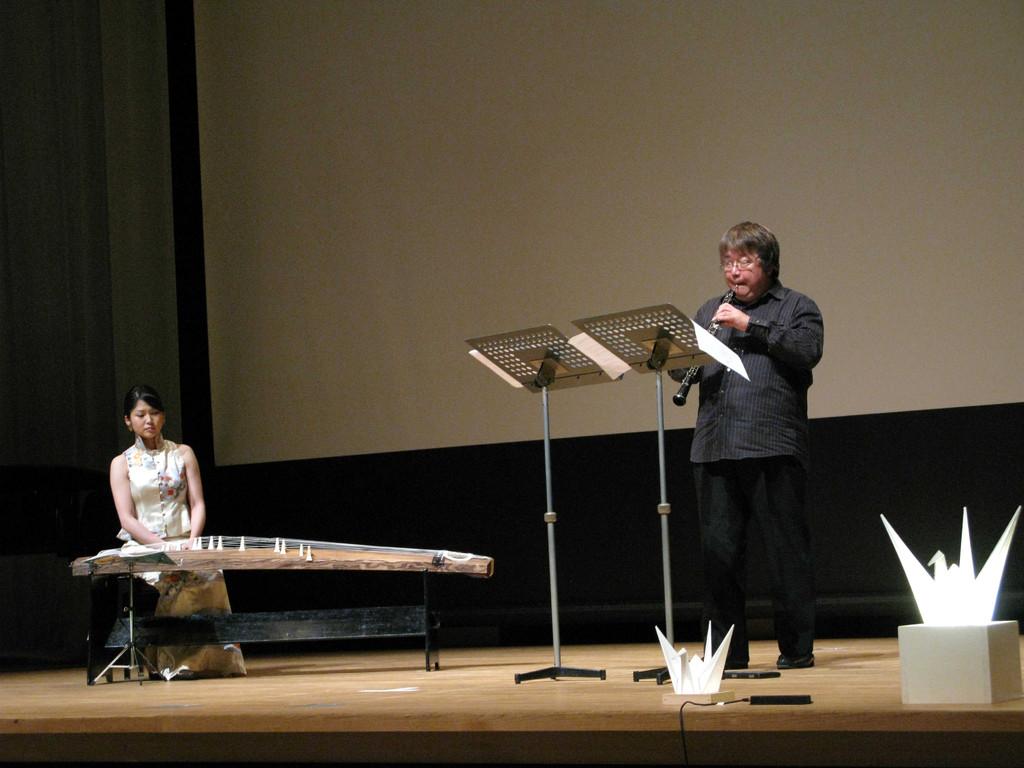 2010年8月6日」広島、原爆の日、 コンサート「ヒロシマの心を世界に!」に出演!
