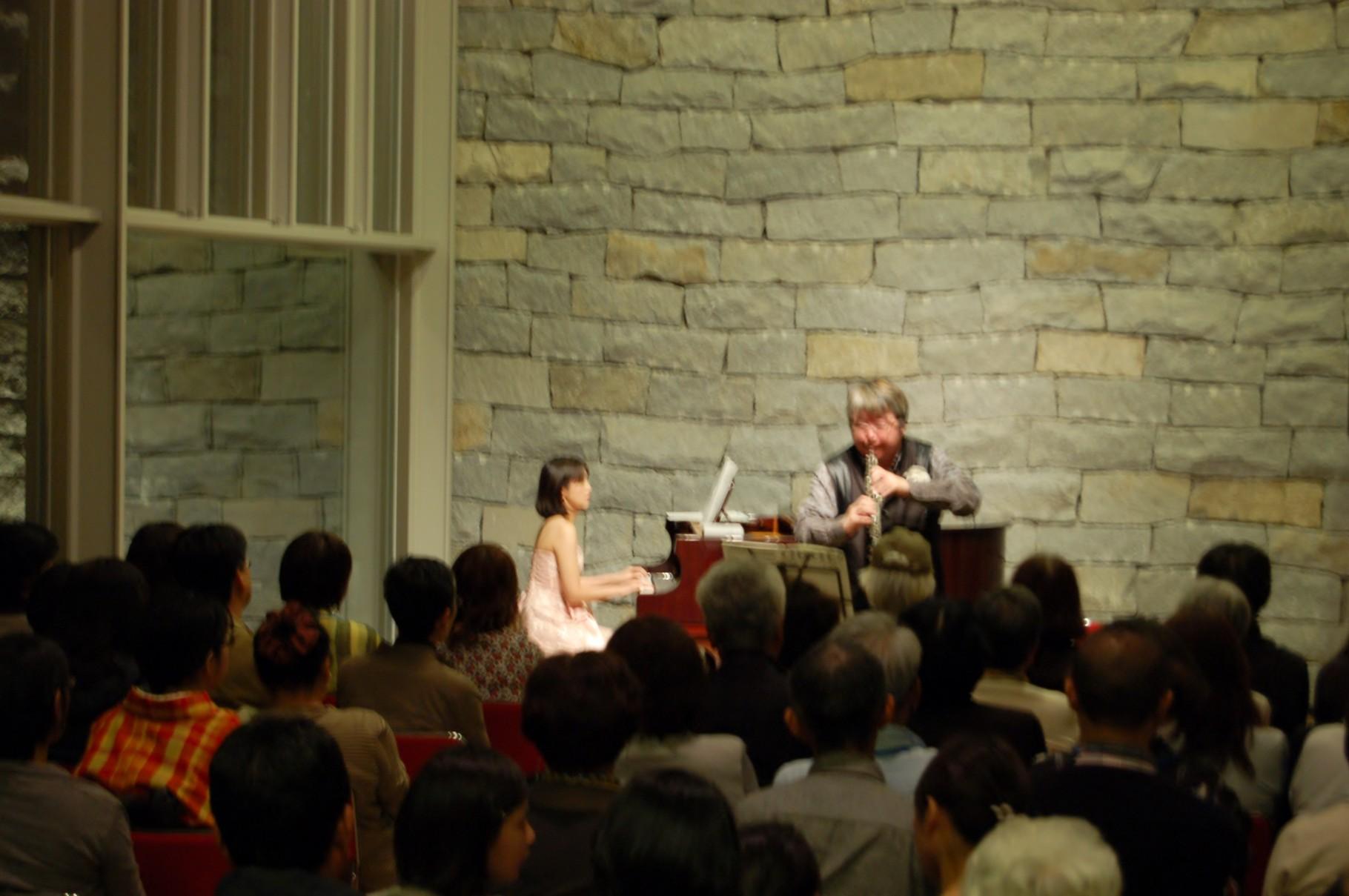 奥田元宋・小由女美術館での、第147回ロビーコンサート、夜の部