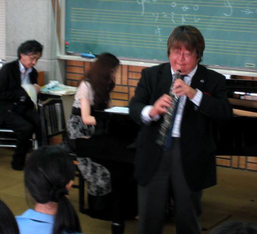 2010年9月8日 熊本ルーテル学院高校 芸術コース・平成音楽大学出前授業