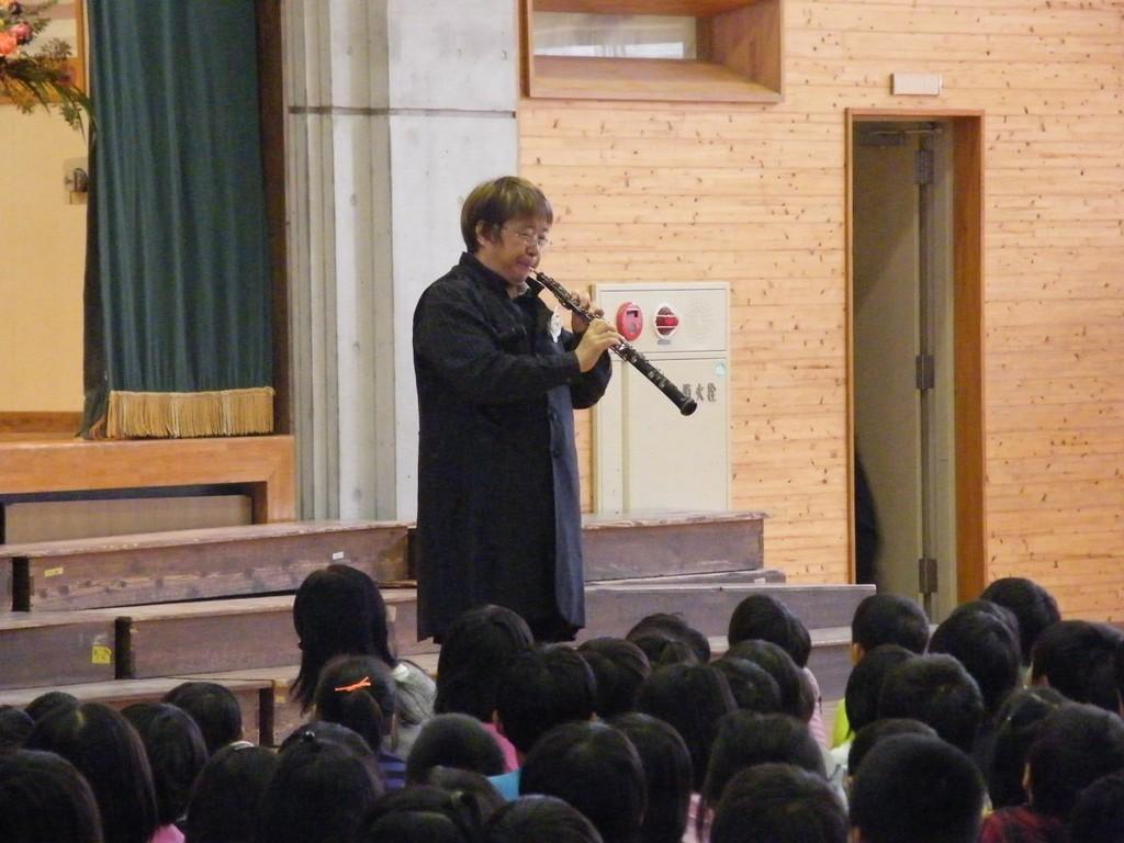 2011年11月17日熊本市立若葉小学校創立50周年コンサート