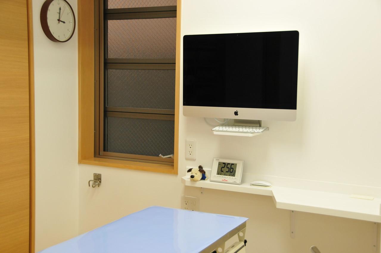 診察室 3