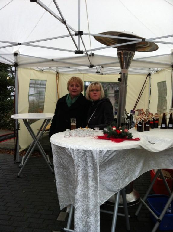 Likörstand auf dem Geistinger Weihnachtsmarkt