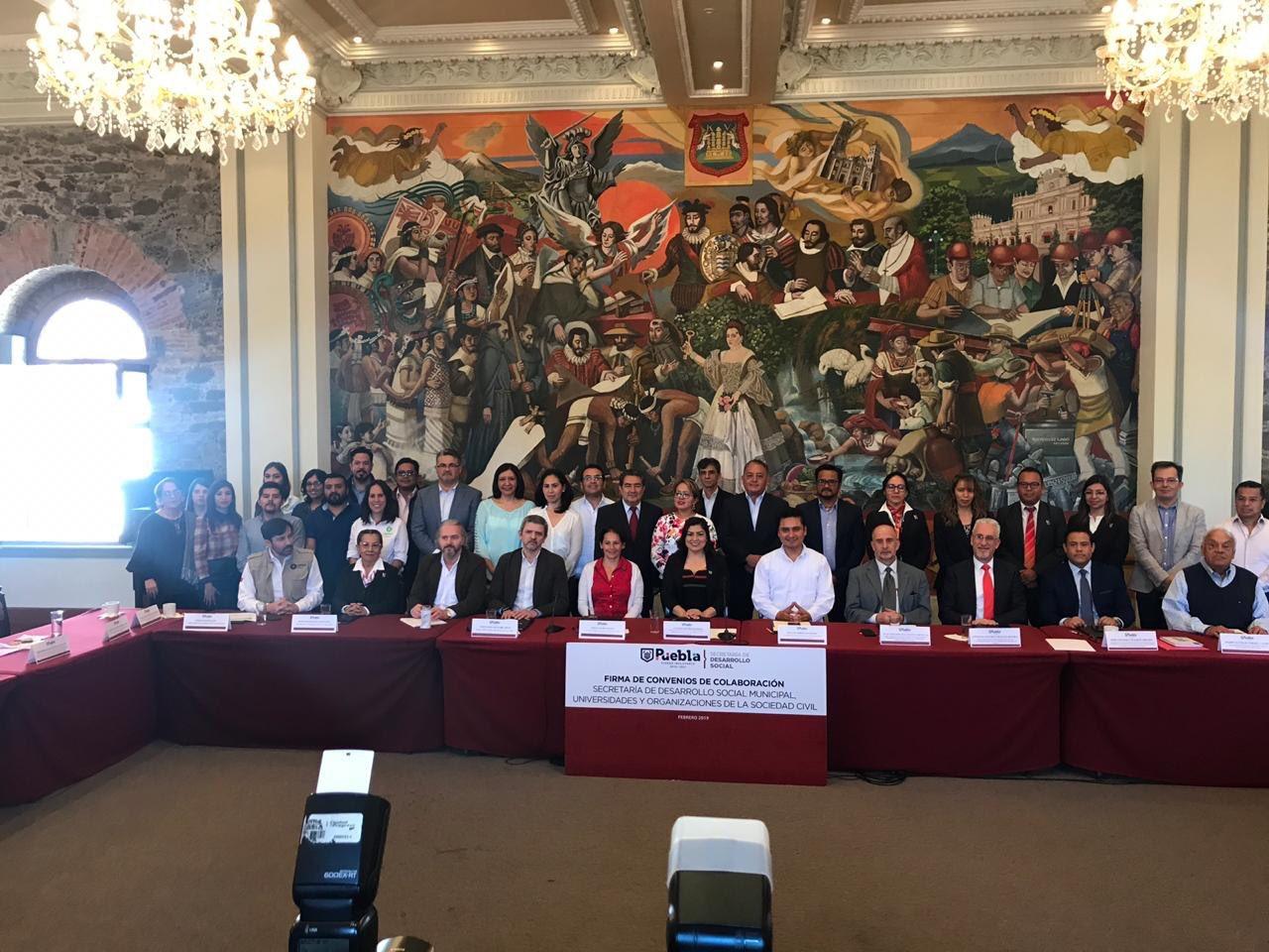 Reunión con Ayuntamiento de Puebla y ONG´s
