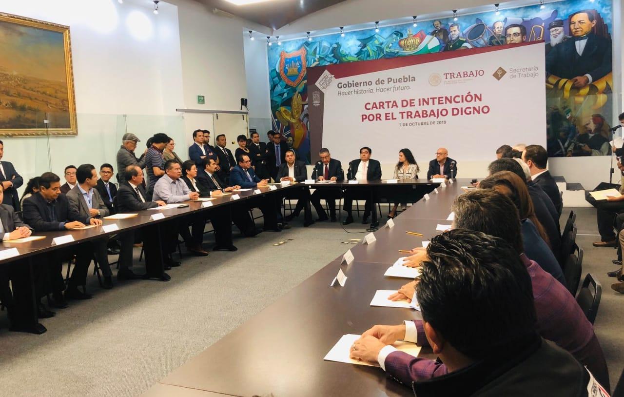 Mesa de trabajo Gobierno de Puebla, STPS y empresarios