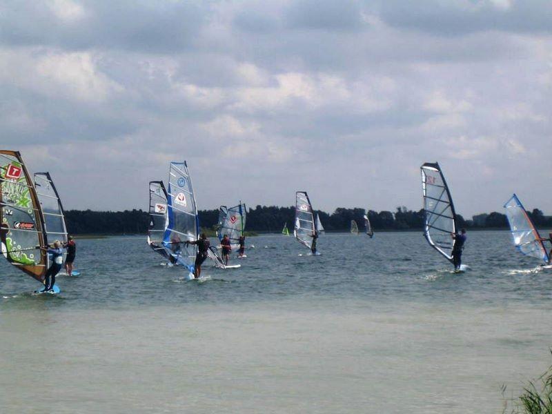 Szkółka windsurfingu