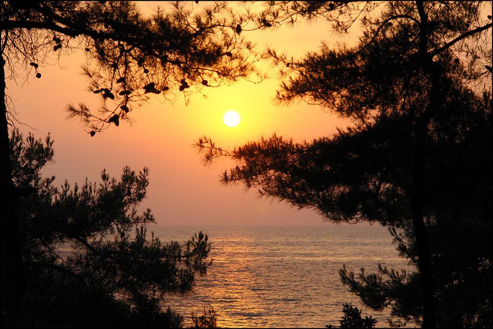 Freitag 5.15 Uhr-der Tag erwacht auf Thassos