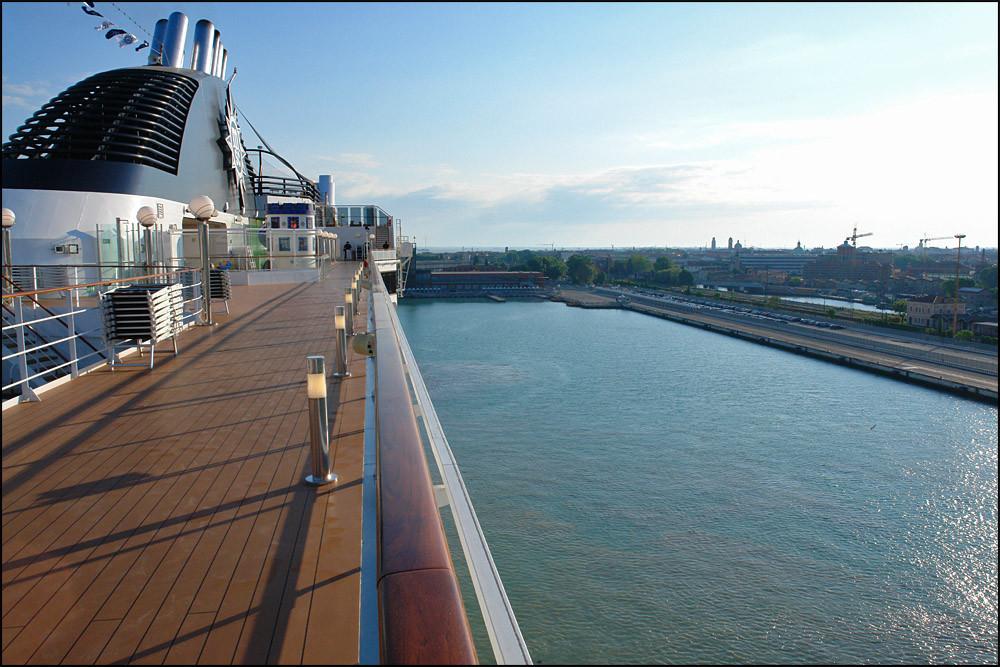 Samstag 7.30 Uhr-wir erreichen wieder (leider) den Hafen von 'VENEDIG'