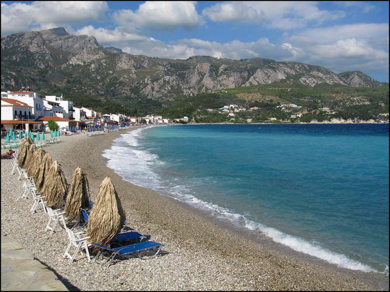 der lange Strand in 'Kokkari'