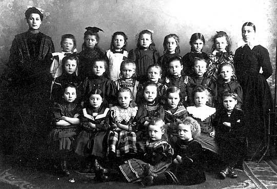 Kleinkinderschule Moltkestraße 1908