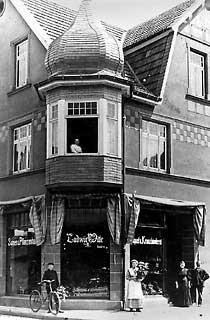 Als städtisches Armenhaus diente bis 1910 dieses Gebäude an der Berliner Straße zur Ecke Strenger Straße