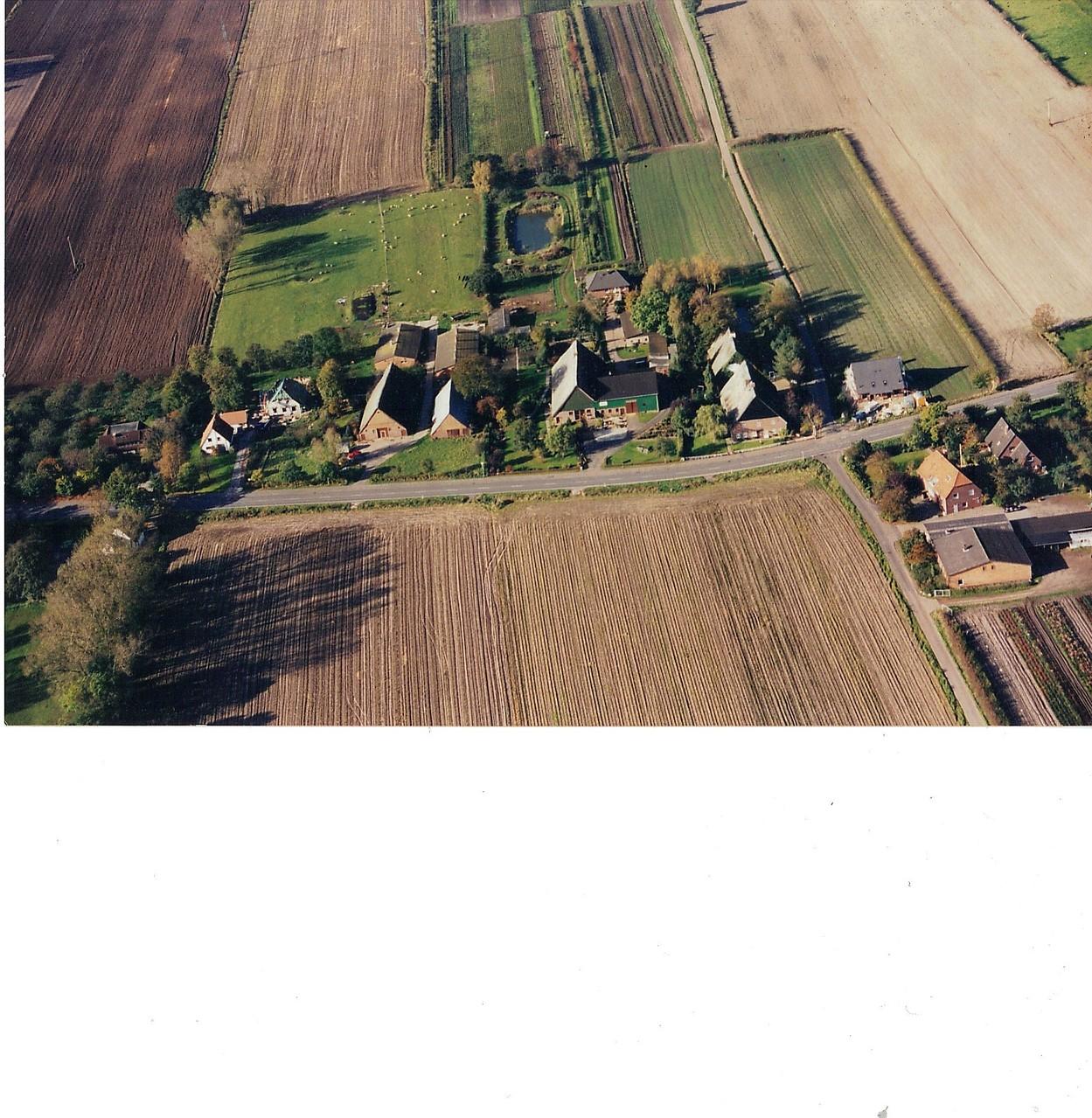 Der linke Hof ist der Hof Hellgrund