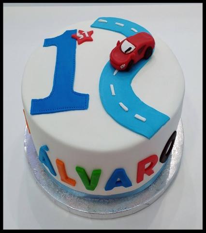 Tarta de cumpleaños infantil de Cars FONDANT
