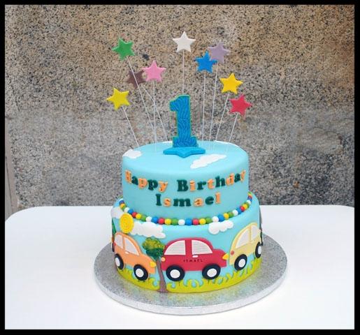 Tarta Infantil personalizada decorada con FONDANT