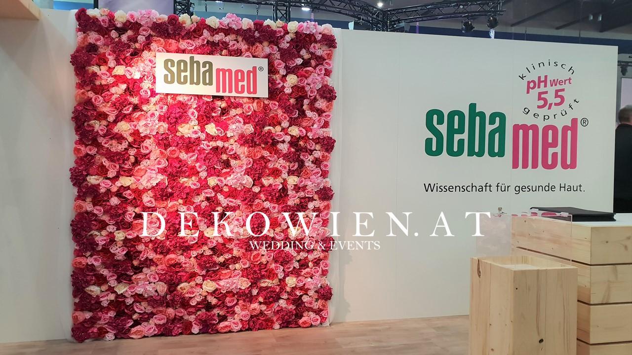 Blumenwand rot mieten/ Messe Wien