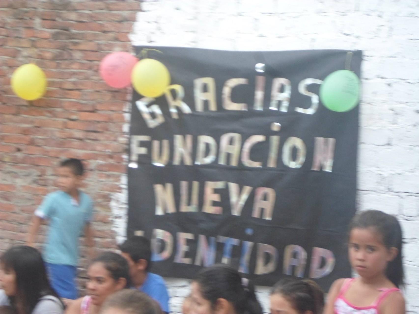 GRACIAS A UDS POR ABRIRNOS LAS PUERTAS DE SUS CASAS!!