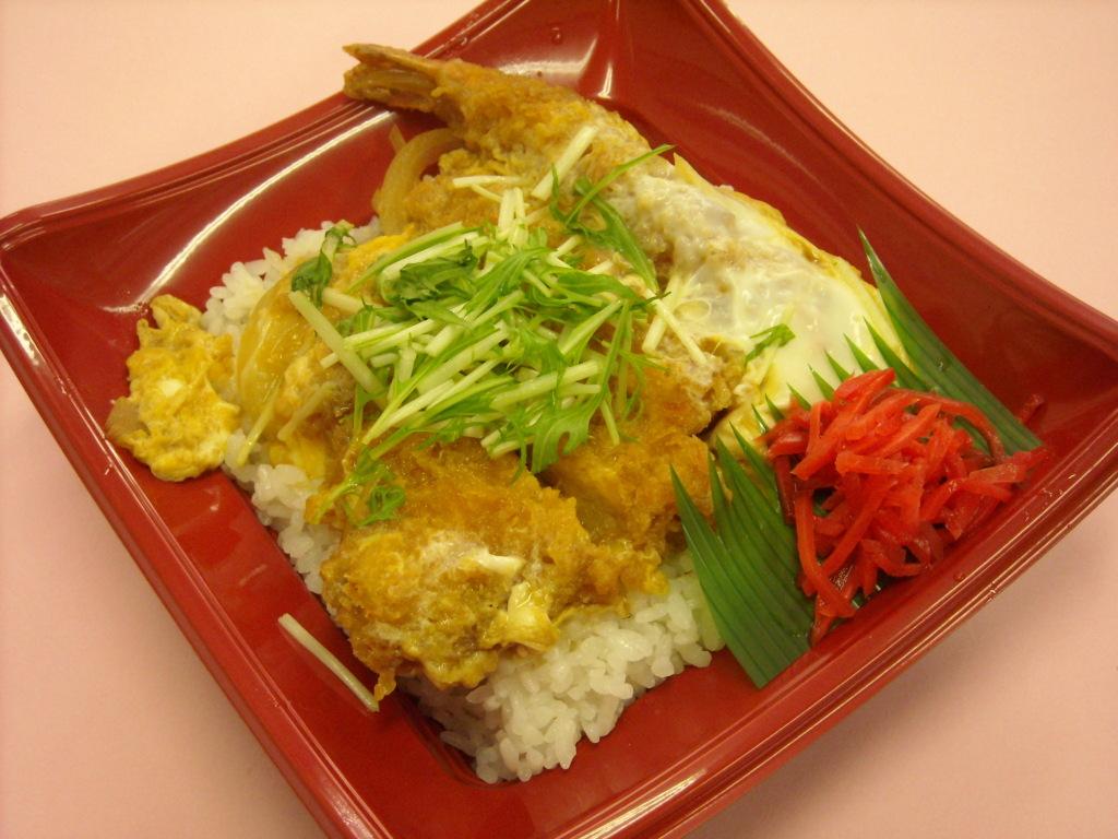 ミックス丼(とんかつと海老フライ) 460円