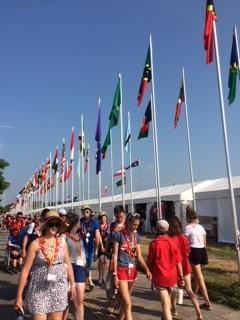 たくさんの参加国の旗が揚がっていました