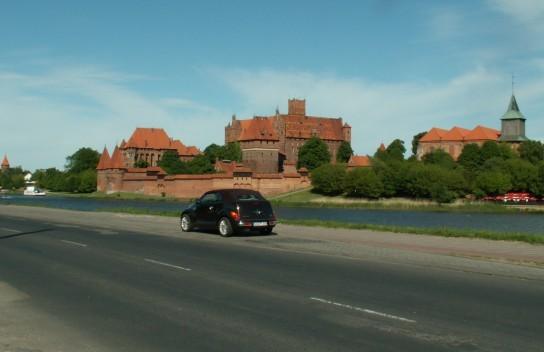 vor der Marienburg