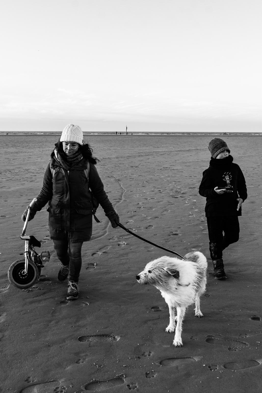 Dokumentarische Familienfotografie am Strand
