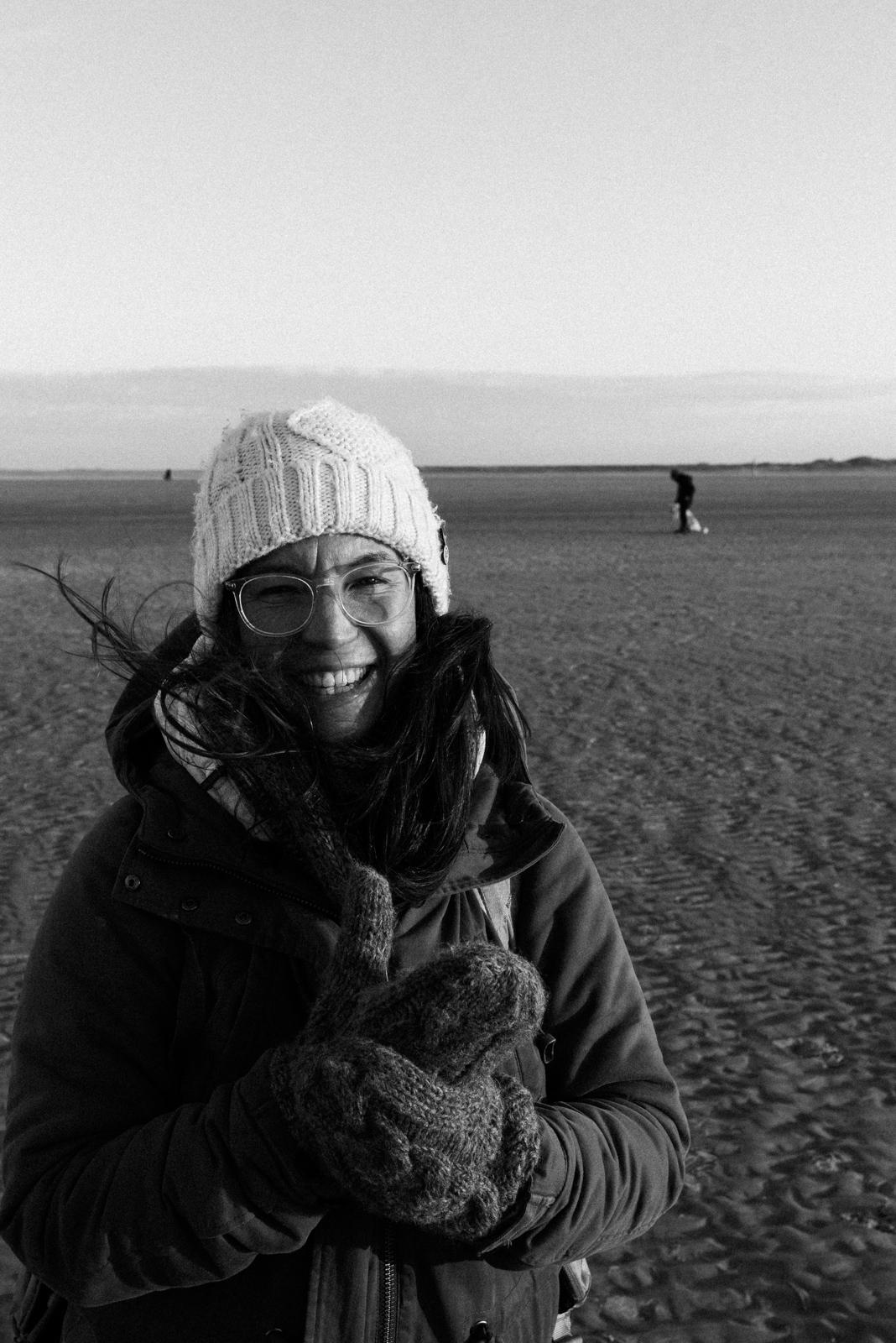 Frauenporträt am Strand
