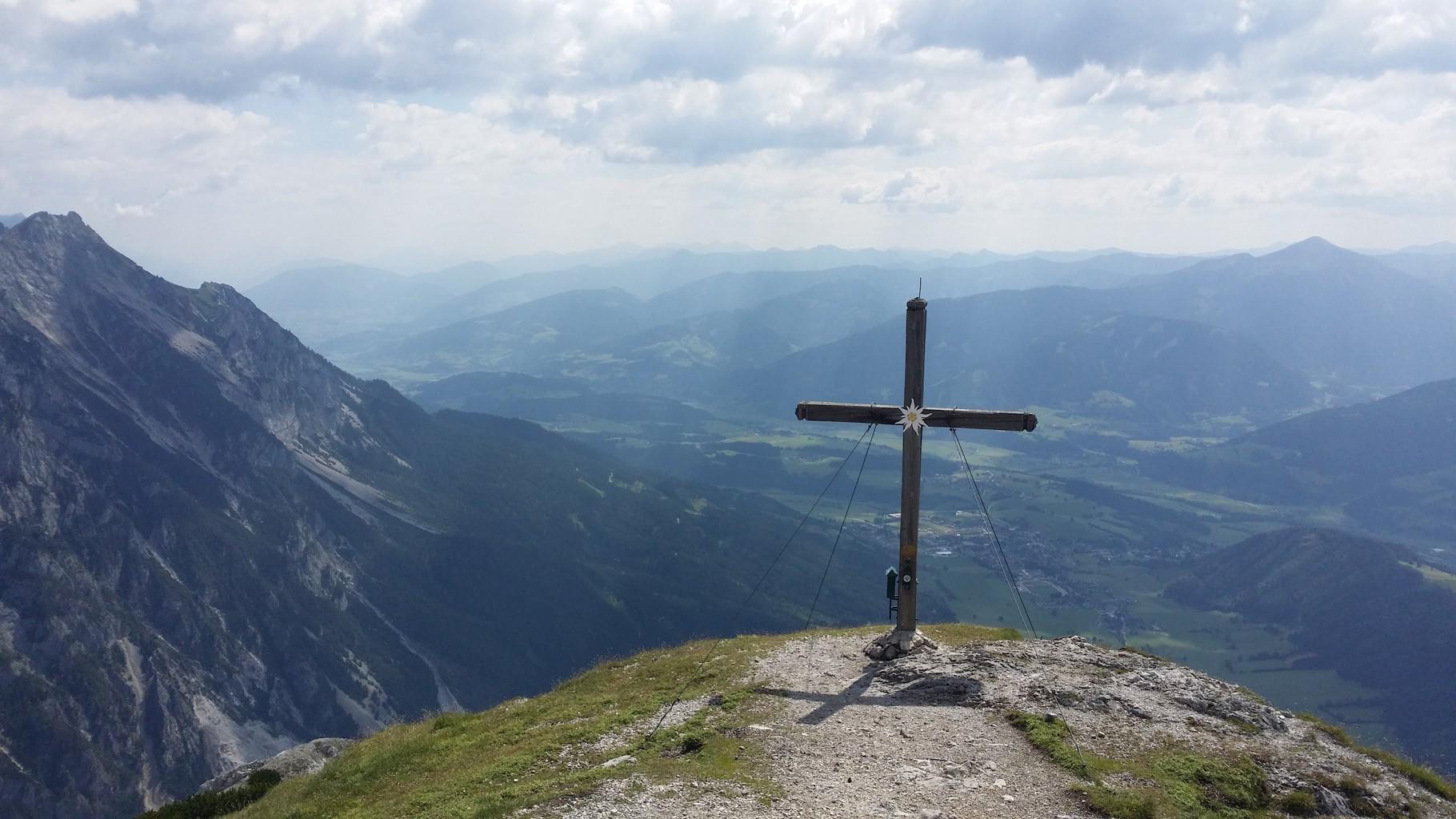 Das Gipfelkreuz vom Stoderzinken