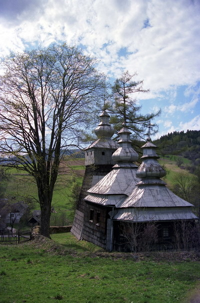 Dubne - cerkiew grekokatolicka p.w. św. Michała Archanioła z XIX w., obecnie kościół katolicki. Fot. Cyprian Pawlaczyk