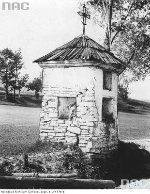 Piorunka - kapliczka przydrożna (lata 1918 - 1934)