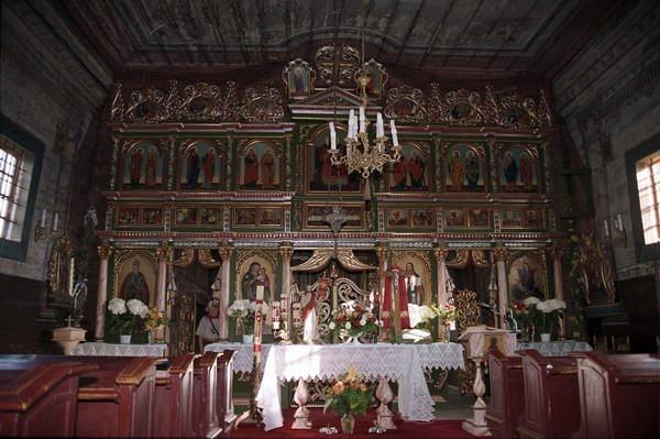 Andrzejówka - ikonostas w cerkiew p.w. Zaśnięcia Bogarodzicy, obecnie kościół rzymsko-katolicki. Fot. Cyprian Pawlaczyk