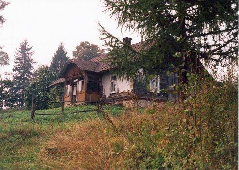 Stary dom w Ropience.